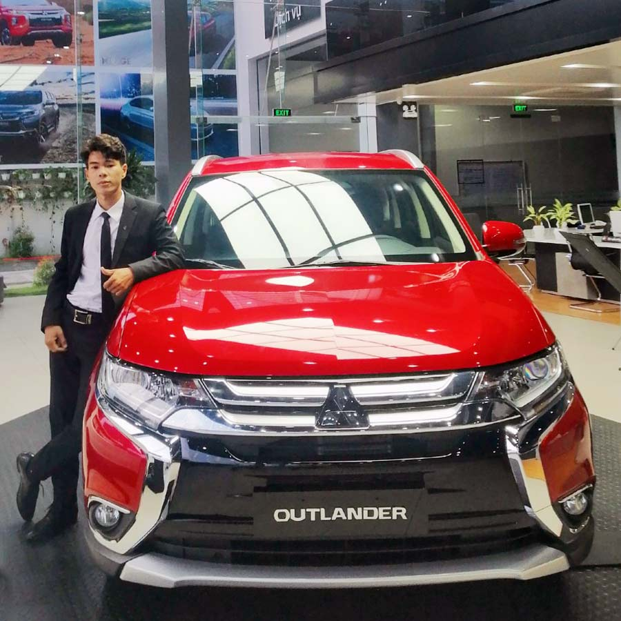 Chuyên viên tư vấn Mitsubishi. Mr Hoàng – Số điện thoại: 0775653080.