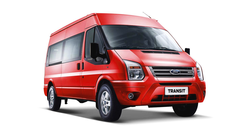 Ford Transit màu đỏ